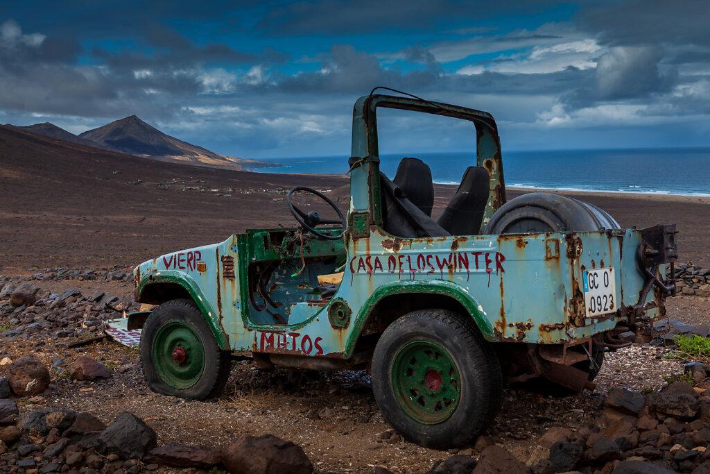 Jeep vor der Villa Winter - Cofete (Fuerteventura)